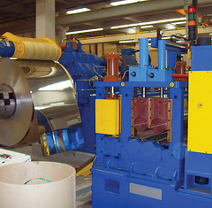 what is difference amongst infeed and Thur feed centerless grinding machine?