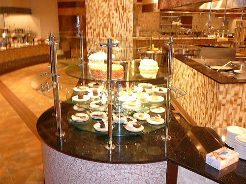 Harrah's Atlantic City Rotating Dessert Display